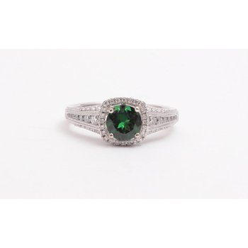 Ladies 14k white gold tsavorite and diamond ring