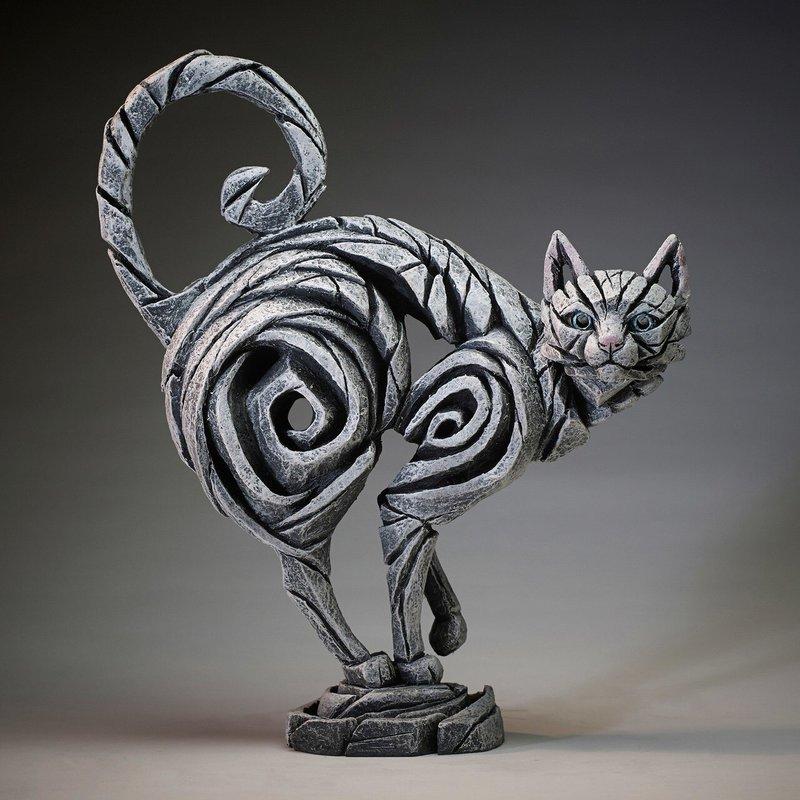 Edge Sculpture Cat