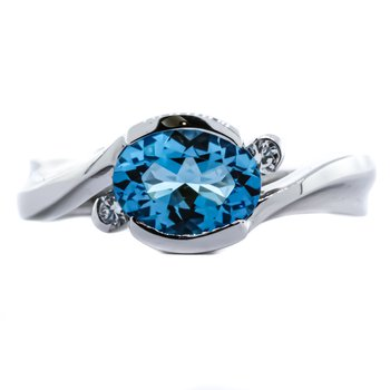 14K White Gold Bypass Style Three Stone Diamond and Blue Topaz Bezel Ring SZ 6.5