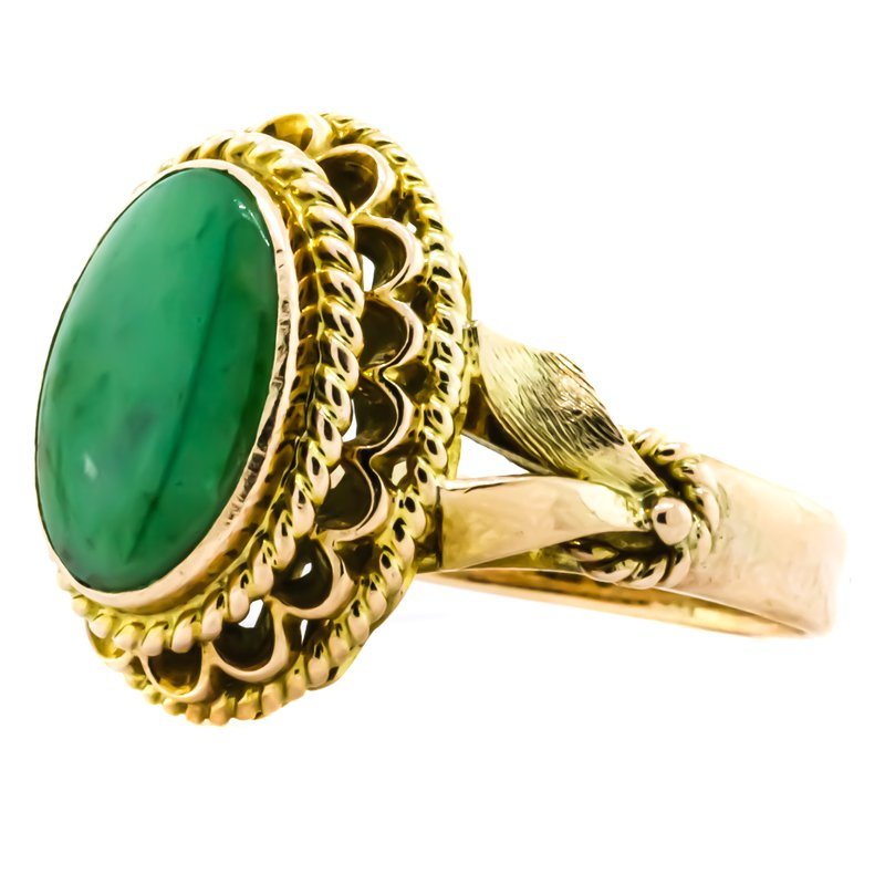 Estate Jewelry 14K Gold Oval Jade Signet Style Ring