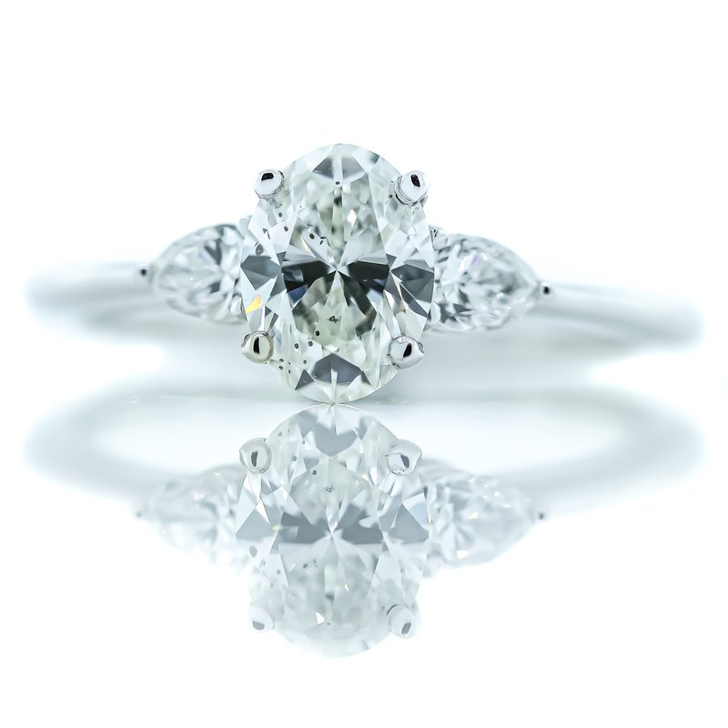 Iroff and Son Jewelers  14K White Gold 3 Stone Oval Center Pear Accents Diamond Engagement Ring SZ 6.5