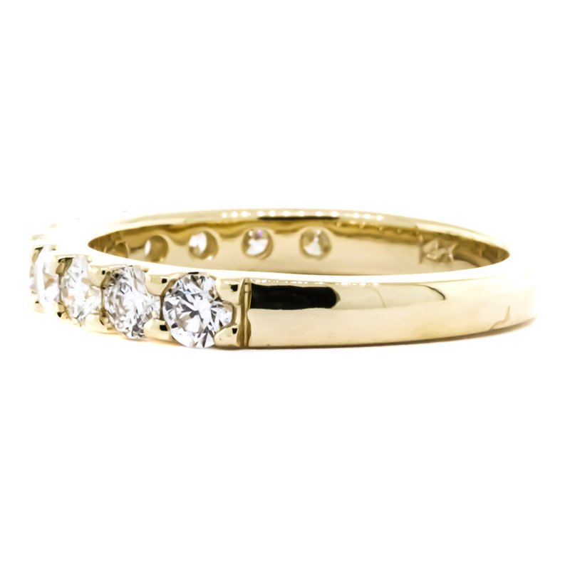 Iroff and Son Jewelers  14K Gold 1.00CTW 11 Stone Diamond Ring