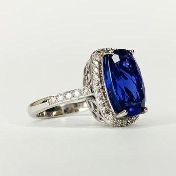 18K White Gold Cushion Tanzanite Diamond Halo Statement Ring Size 7