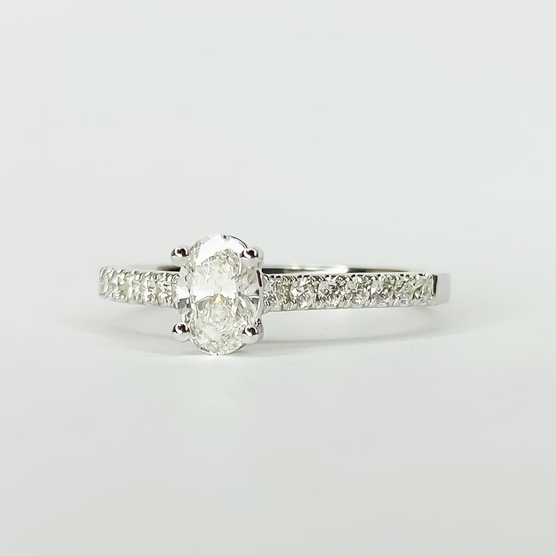 Iroff and Son Jewelers  14K White Gold Solitaire Oval GIA Diamond Engagement Ring Size 6.5