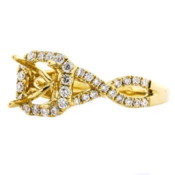 18K Gold Twisted Band Cushion Halo Diamond Engagement Mounting