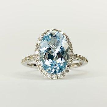 14K White Gold Aquamarine and Diamond Oval Halo EFFY Ring SZ 6.75
