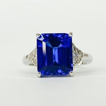 18K White Gold Emerald Cut Tanzanite Diamond Accent Ring Size 7