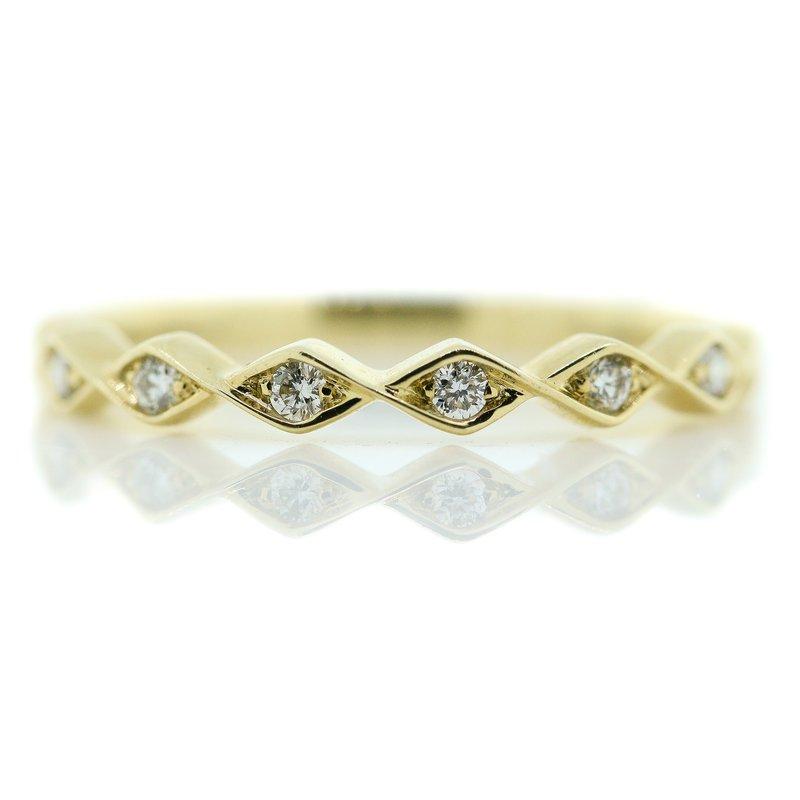 Iroff and Son Jewelers  14K Yellow Gold Pinched Style Diamond Wedding Band SZ 6