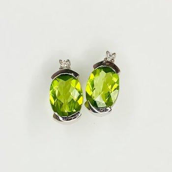 14K White Gold 1.43TW Peridot Diamond Oval Stud Earrings
