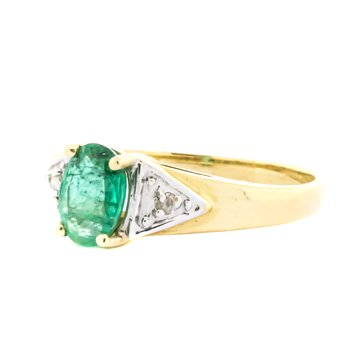 14K Gold Oval Green Emerald Birthstone Ring