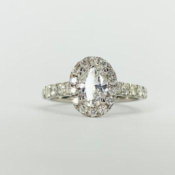 14K White Gold Oval Center Halo Diamond Engagement Ring