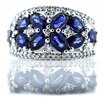 14K White Gold Diamond and Sapphire Floral Wide Band SZ 7
