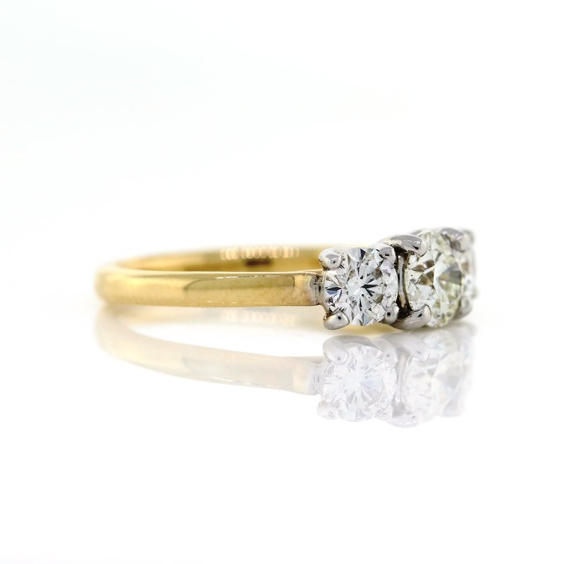 Iroff and Son Jewelers  3 Stone Ring
