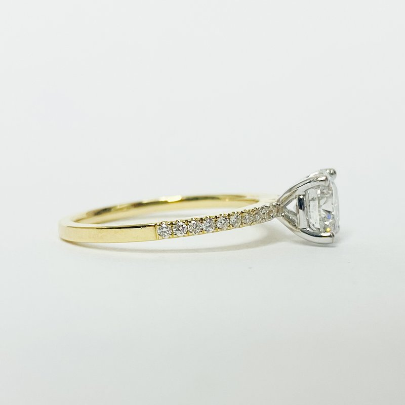 Iroff and Son Jewelers  14K Gold Solitaire GIA Diamond Engagement Ring