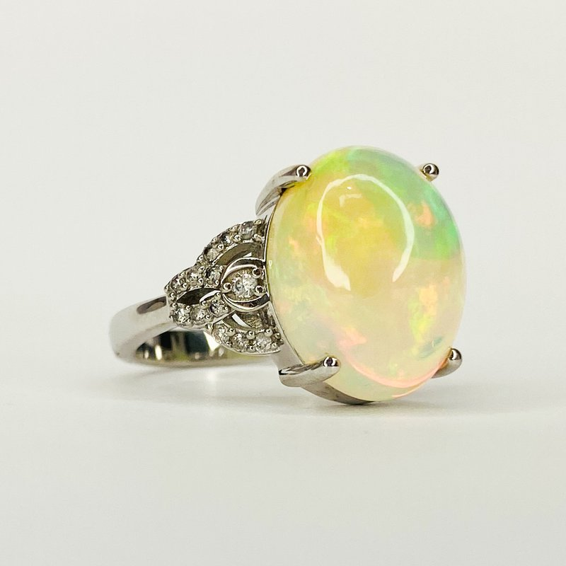 Iroff and Son Jewelers  14K White Gold Oval Ethiopian Opal Diamond Accent Statement Ring Size 7