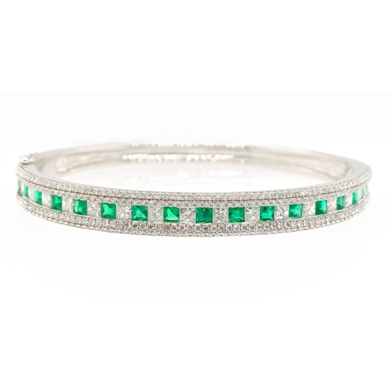 Lauray's Signature Collection White Gold Emerald and Diamond Bracelet