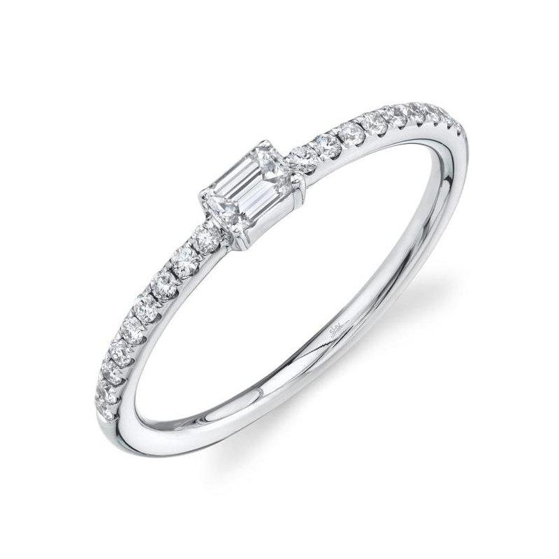 Shy Creation White Gold Emerald Cut Diamond Ring