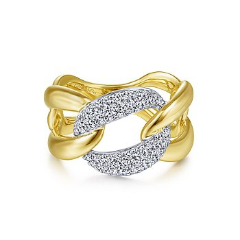 Large Chain Link Diamond Station Ring