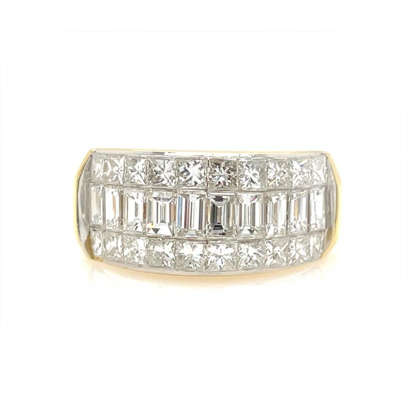 Lauray's Signature Collection Yellow Gold Diamond Fashion Rring
