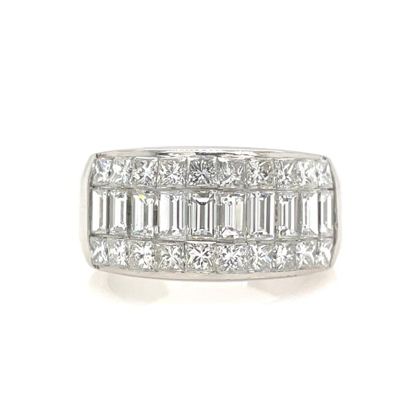 Lauray's Signature Collection White Gold Fashion Ring