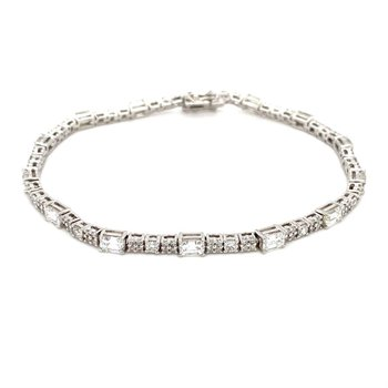 Diamond & Emerald Cut Diamond Tennis Bracelet