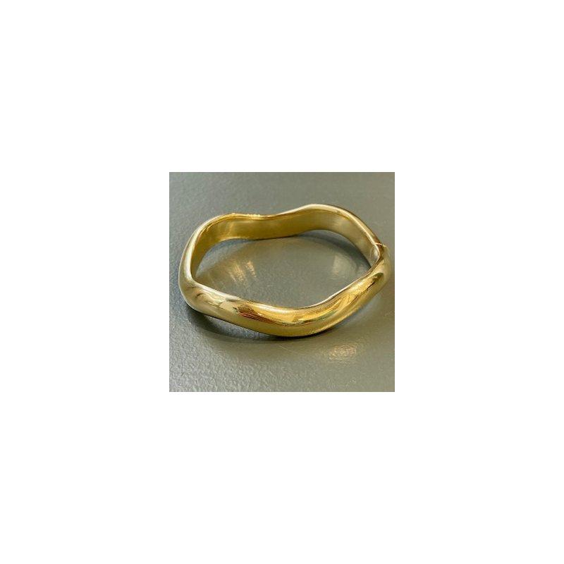 Murphy Pitard Estate Collection Wavy Polished Gold Bangle