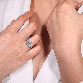 Art Deco Round Halo Diamond Engagement Ring