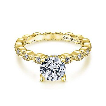Lula Round Diamond Engagement Ring