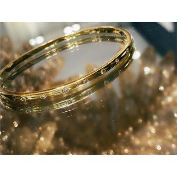 Bezel Diamond 1/4 Carats Bangle Bracelet