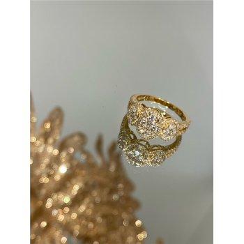 Diamond Cluster Oval Halo Split Band Ring