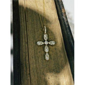 Diamond 5/8 Carats Medium Cross Pendant