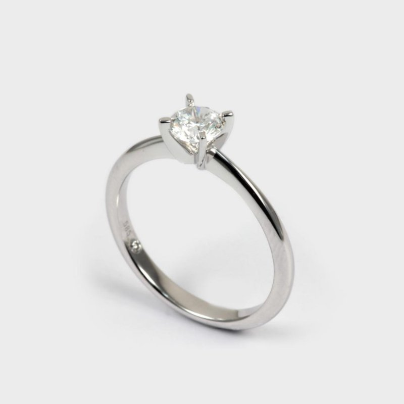 Diadori (Cheri Dori) Round Solitaire 1/2 Carats Engagement Ring