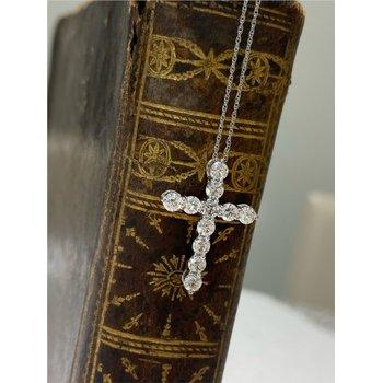 Diamond 1 1/4 Carats Cross Pendant