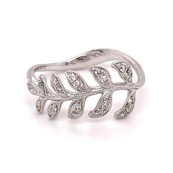 Diamond Leaf Fashion Ring