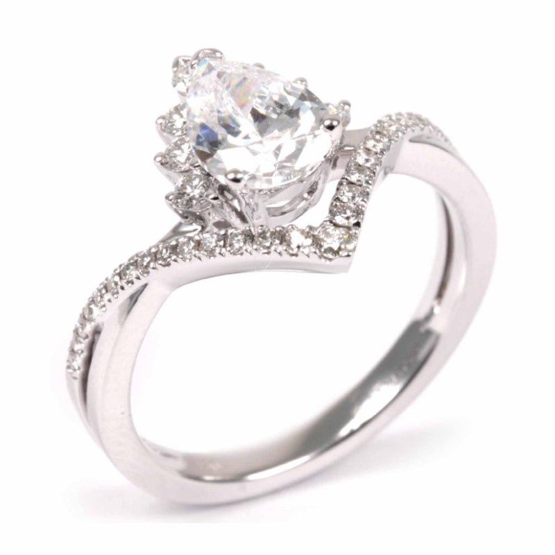 Diadori (Cheri Dori) Tiara Pear Diamond Engagement Ring