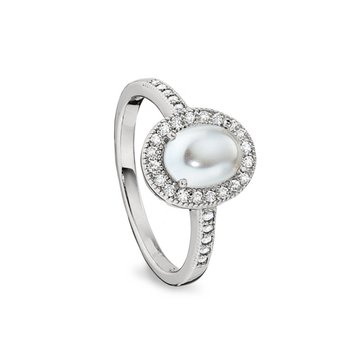 Cabochon Pearl & Simulated Diamond Ring