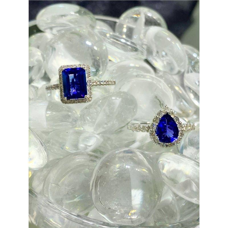 Murphy Pitard Signature Collection Diamond Halo Emerald CutTanzanite Ring