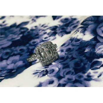 Diamond & Baguette Diamond Halo Ring
