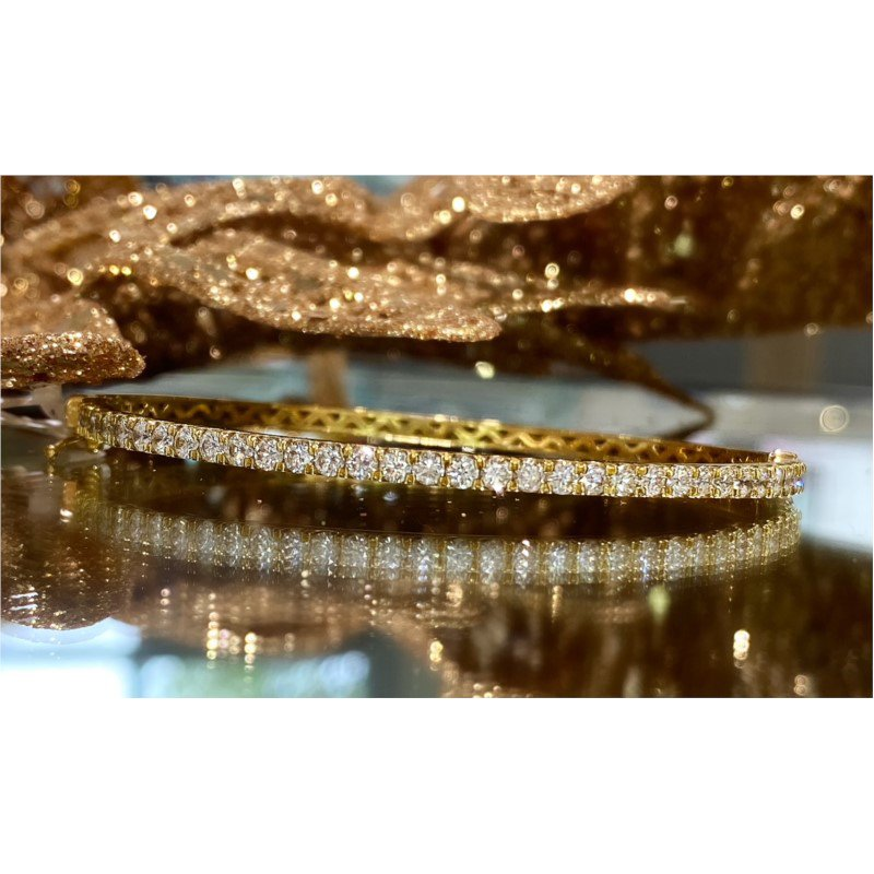 Murphy Pitard Signature Collection Diamond 1 1/2 Carats Bangle Bracelet