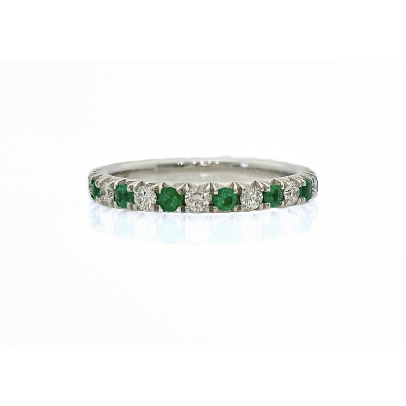 Murphy Pitard Signature Collection Straight Diamond and Emerald Band