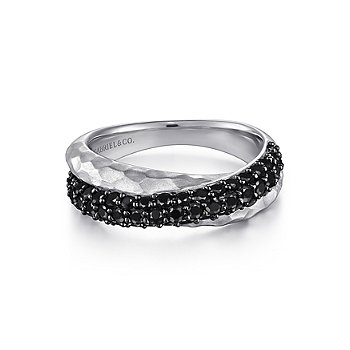 Sterling Silver Hammered Black Spinel Criss Cross Ring