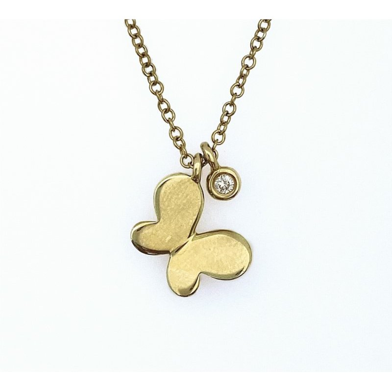 Shy Creation Diamond Butterfly Necklace