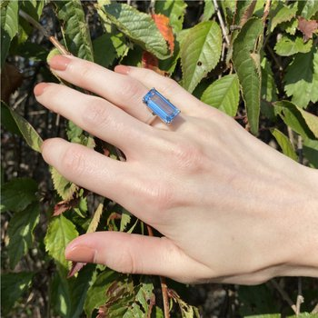 Pop-of-Color Blue Fashion RIng