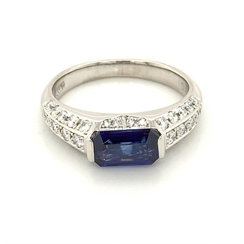 Signature Estate Sapphire Ring