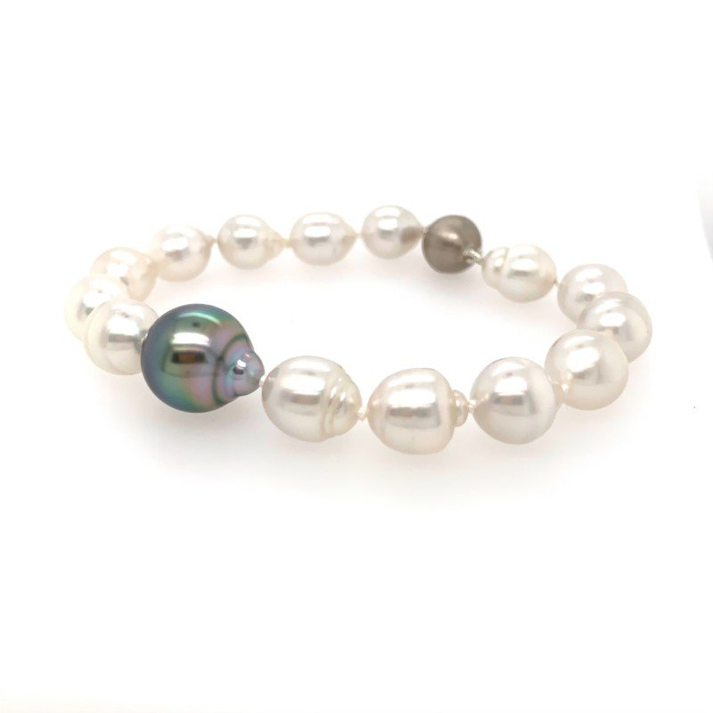 Moses Signature Contrast Accented Tahitian Pearl Bracelet