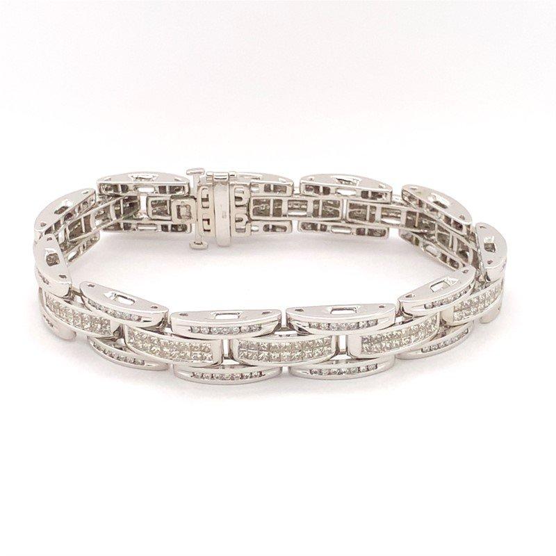 Signature Estate Invisible Set Diamond Bracelet