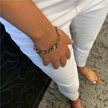 Floral Circle Diamond Bracelet