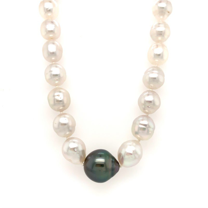 Moses Signature Contrast Accented Tahitian Pearls