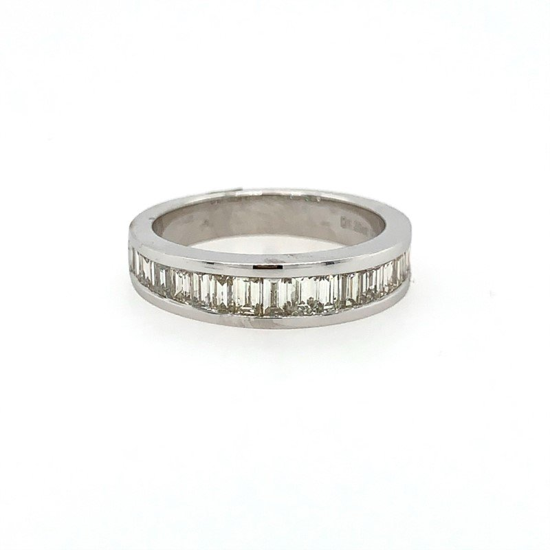 Signature Estate Wedding Band