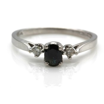 14K WHITE GOLD CLASSIC OVAL SAPPHIRE AND DIAMOND 3 STONE LADIES RING 6 #993B-4